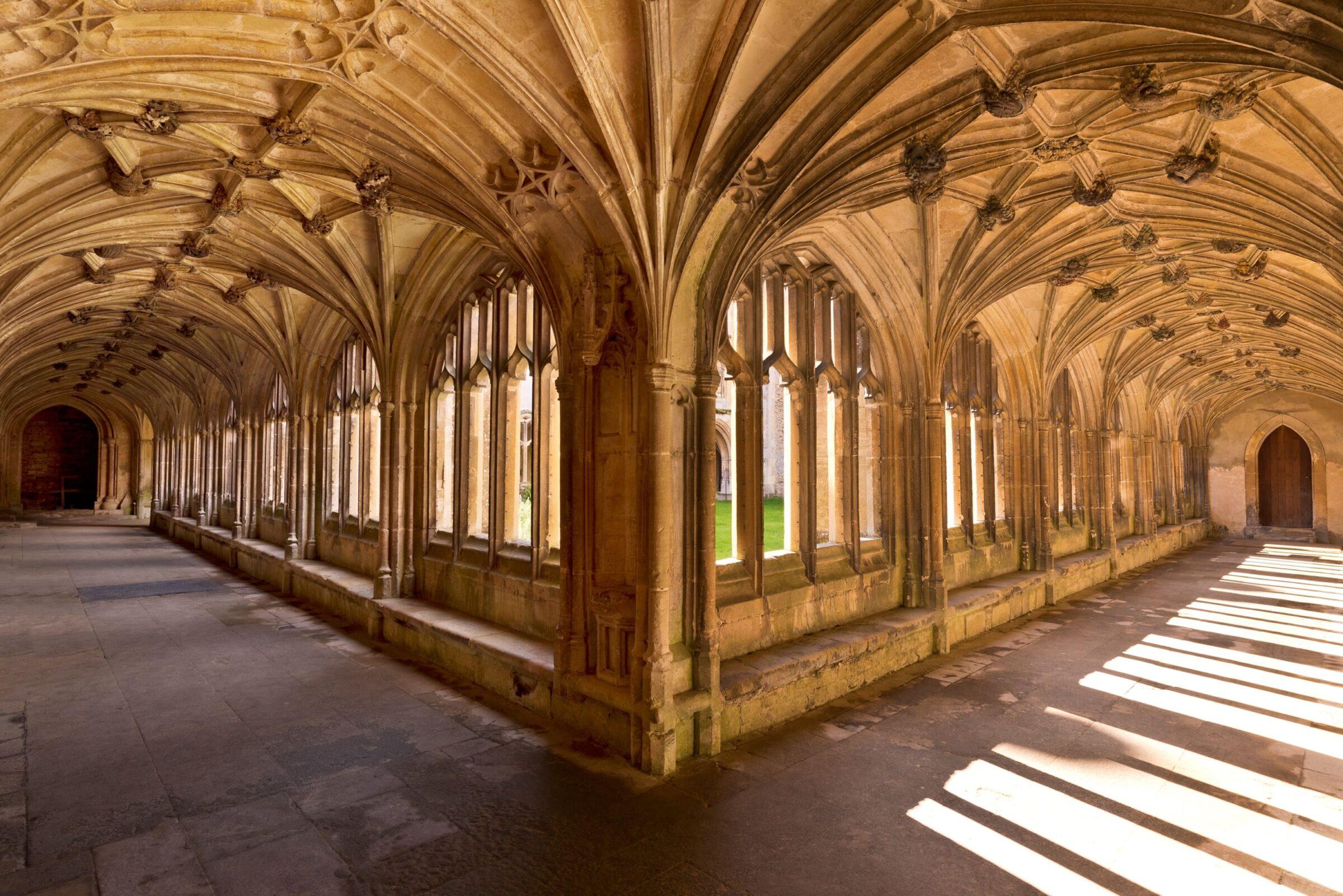 Lacock Abbey - Harry Potter Chamber of Secrets scene